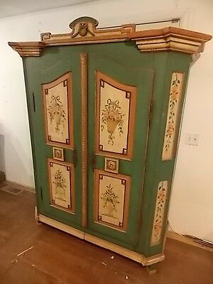 FRENCH COUNTRY PAINTED 2 DOOR ARMOIRE Lot 62