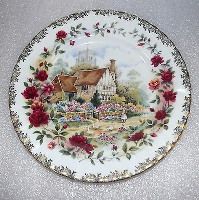 "EUC VTG 1988 Royal Albert Bone China Plate Old Country Roses Cottage 8"" England"