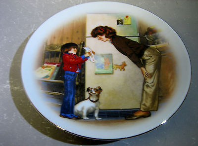 """""""Special Memories"""" porcelain trimmed with 22ct gold plate, AVON"""