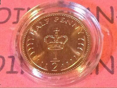 **1982  UNCIRCULATED HALF PENNY PIECE. 1/2p COIN. From Unopened Bag. In Capsule*