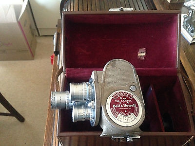 VINTAGE BELL & HOWELL 134 8mm MOVIE CAMERA WITH VARIOUS ATTACHED LENSES & CASE