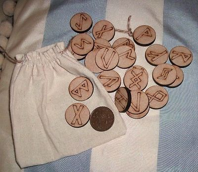 WOODEN RUNES & POUCH - Round Fortune Telling RUNE STONES Wiccan Pagan futhark