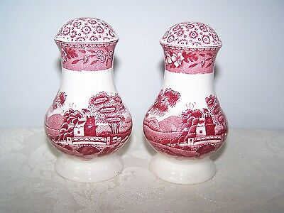 Beautiful Spode Pink Tower Salt And Pepper Shaker Set - Pink Stamp