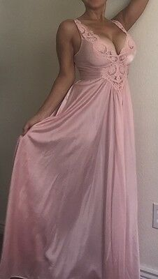 VTG Olga Pink Big Sweep Long Nylon Nightgown Gown Size Small S 120 Sweep