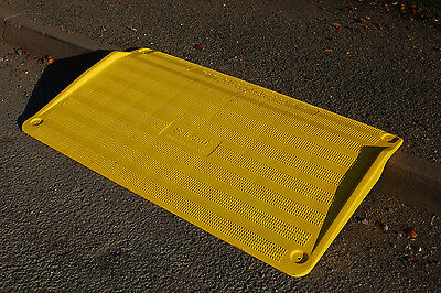 Roadworks Wheelchair & Disabled Access Kerb Ramp - SWL 255kg, Footpath Ramp