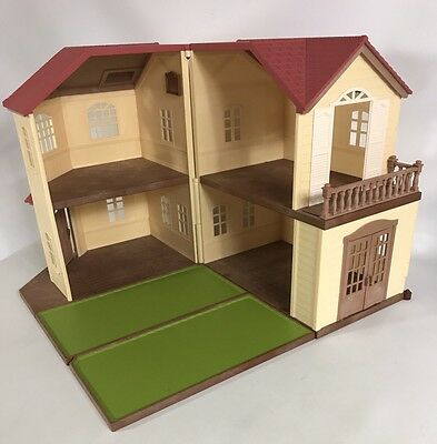 Sylvanian Families Maple Manor With Reversible Extra Floor Boards Doll