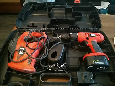 Black & Decker Recipricating Saw Ks880Ec + Cordless Drill Kc1482F