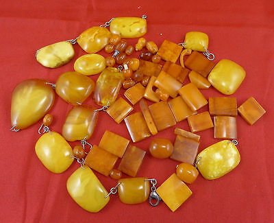 Natural Baltic Butterscotch Amber 61 lose Bernsteine 86,2 Gramm