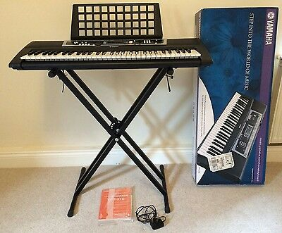 Yamaha YPT-210 and keyboard stand