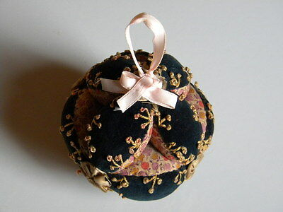 Antique Amish Puzzle Ball Pin Cushion~Very Decorative