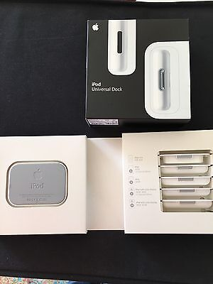 Genuine Apple Ipod Universal Dock New & Boxed