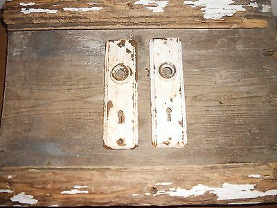 Vtg Chippy White Ribbed Antique Door Knob Back Plates Arts/crafts Farmhouse Find