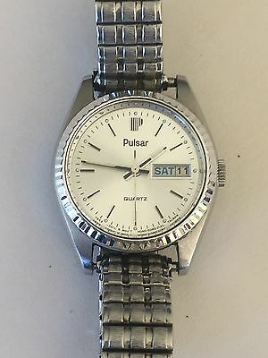 Working Ladies Silver Pulsar Quartz Watch With Day/Date  AJ