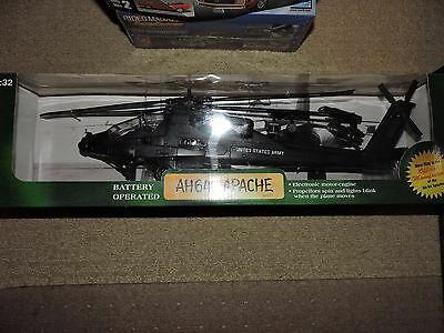 NEW RAY 1/32nd SCALE AH-64 APACHE HELICOPTER MODEL  # 60315