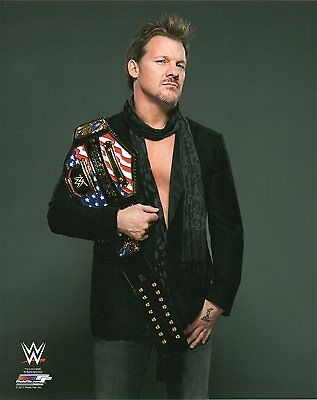 """CHRIS JERICHO WWE PHOTO WITH US TITLE ON SHOULDER WRESTLING OFFICIAL 8x10"""" PROMO"""