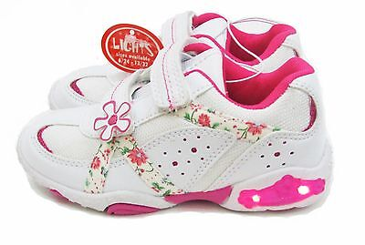 Kids Light up shoes with flower - Girls size: 6/7/9 and 10