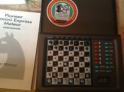 Systema Meteor 5T-118  72 Level Chess Computer Complete