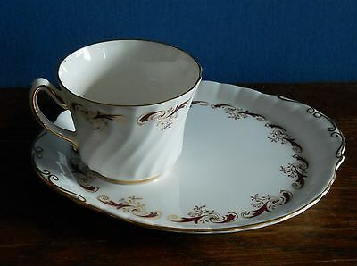 A Royal Sutherland Bone China tennis set china [Wentworth?]