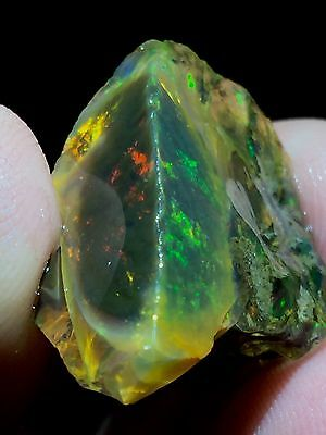 45.0 Ct Natural Rough Ethiopian Black Opal Red Green Flash Phantom (untreated )
