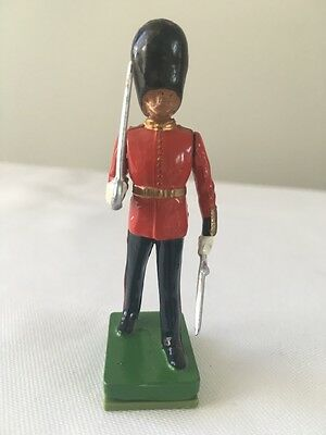 W. Britains Ceremonial Soldiers 41068 Scots Guard Officer  1990