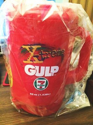 Vintage 7-Eleven 52 Oz. X-treme Gulp Insulated Travel Mug w/Lid - Red - NIP