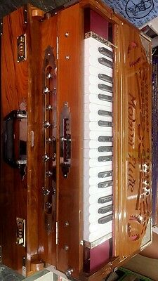Professional 9 Scale Changer 3/34 Harmonium 37 Keys Triple Reed Coupler With Bag