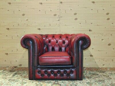 Divano Chesterfield 4 Posti Originale Inglese in Pelle Bordeaux antico