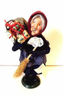 Byers Choice Old Befana (Christmas Witch) Italian Santa Claus / Gift Giver w/Tag