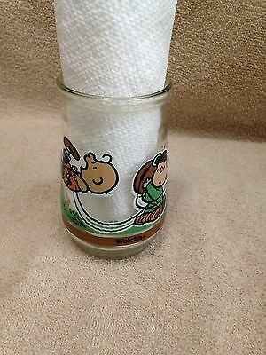 "Welch's Jelly Glass "" It`s Kick Off Time"" #4  Peanuts"