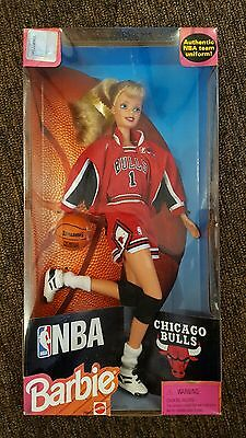 1998 Mattel Barbie NBA CHICAGO BULLS #20692 Authentic Basketball Collectible