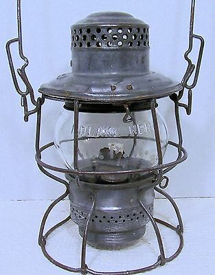 Vintage 1945 CPR Canadian Pacific Railway Railroad LANTERN with CPR globe