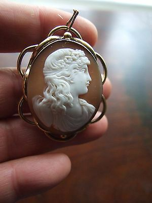 Antique Victorian Cameo Pinchbeck Brooch