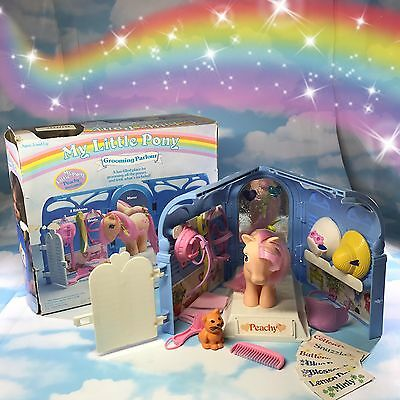G1 Vintage My Little Pony GROOMING PARLOUR PLAYSET with Box & Orig Accessories