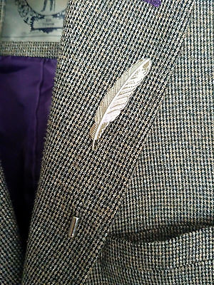 Silver Feather LAPEL PIN Badge Suit Jacket Mens Gents Fashion Style Uk Seller
