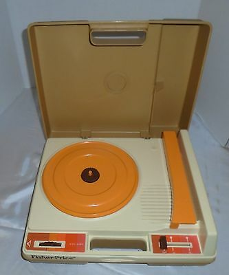 Vintage 1978 Fisher Price 825 Portable Record Player-Turn Table 33 & 45 RPM-Last