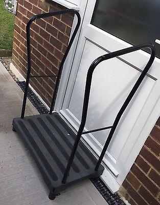 Bigfoot Half Step - With 2 Handrail - Collection Only
