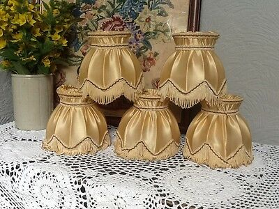 Pretty Vintage Gold Silk and Tasseled Clip on Lamp Shade #3667