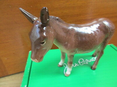 Beswick Donkey 1364B With Original  Sticker Attaced New In Box But Has Defect