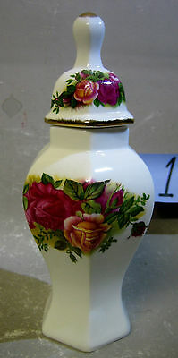 Westminster Genuine bone china lidded ginger jar
