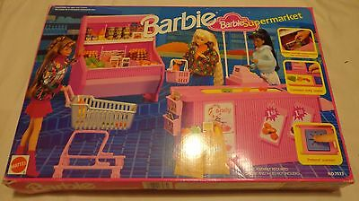 1992 Barbie Supermarket (grocery store) playset by Mattel