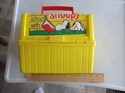"""Rare Vintage 1968 Peanuts """"Have Lunch With Snoopy"""" Plastic Lunchbox No Thermos"""