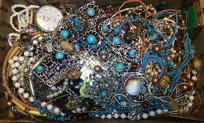 Huge Vintage to Now Jewelry Lot Estate Find Junk Drawer UNSEARCHED UNTESTED #211