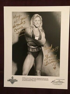 Siren American Shelley Beattie Gladiators Actor Autographed Signed Photo D.2008
