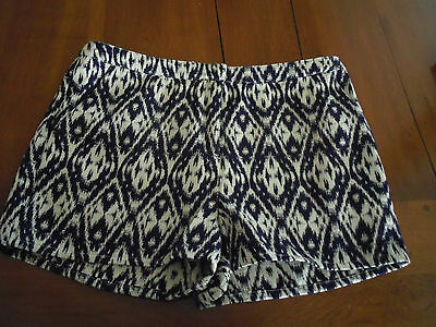 short 3 Suisses neuf taille 44
