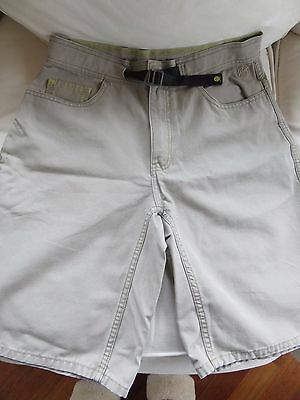 North Face Mens 30  Tan Canvas Shorts w/Built in Belt w/Buckle A5 Series