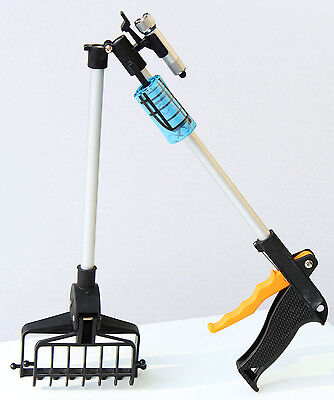 "Pooper Scooper 28"" with Free Pick Up Bags New"