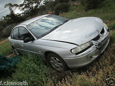 Holden commodore VX Acclaim series 2 wrecking complete car 07/02