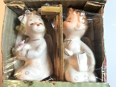 VTG CHRISTMAS COMMODORE GOLD TRIM KISSING ANGELS on BENCH- JAPAN- NEW IN BOX