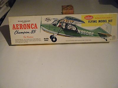 "CLASSIC GUILLOWS 24"" BALSA WOOD 1950's AERONCA CHAMPION 85 Sport Model Kit"