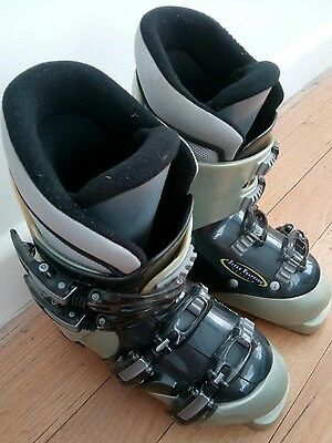 KIDS Ski Boots CARVE Mondo point 23.0 or 277 mm Made in Japan